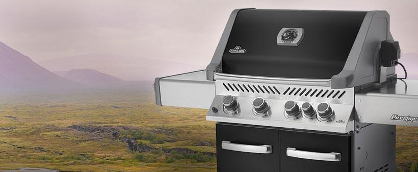 buying a gas grill